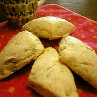 For Sweet Potato Lovers: Scones For a Light Snack