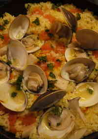 Surf Clam Paella In a Frying Pan!