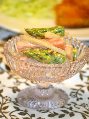 Richly Flavoured Asparagus and Carrot Salad