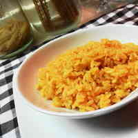 Easy Paprika Rice with a Rice Cooker