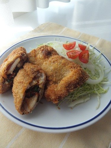 Pork Cutlets with Kimchi and Cheese