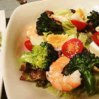 Broccoli & Shrimp Salad