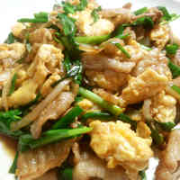Pork Belly and Garlic Chives in Japanese-style Scrambled Eggs