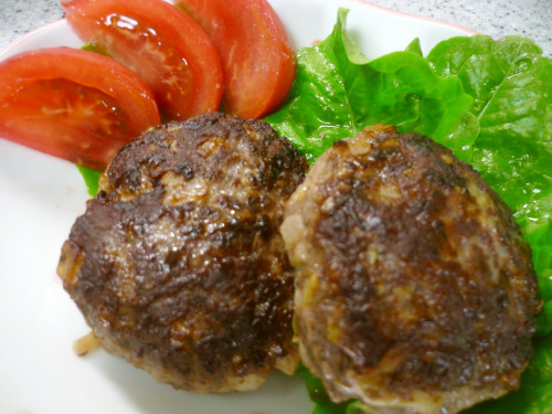 Simple Hamburgers using Spring Cabbage