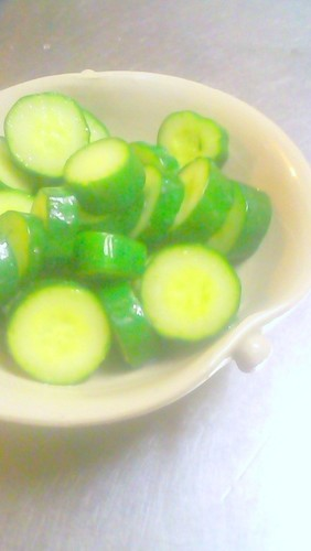 Quick and Tasty 5-Minute Lightly Pickled Cucumbers