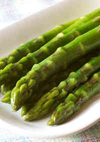 An Easy Way to Parboil Asparagus