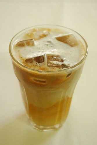 Easy and Delicious! Instant Iced Cafe au Lait