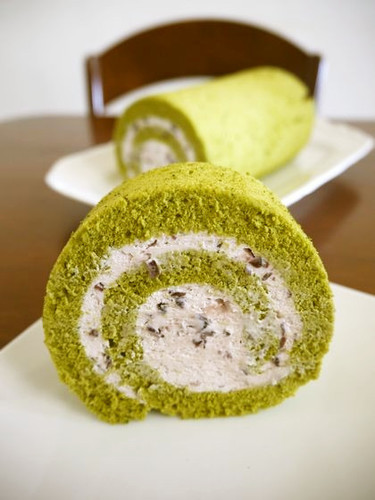 Adzuki Cream Filled Matcha Swiss Roll