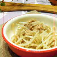 Bean Sprouts and Tuna with Sweet Chili Sauce Mayonnaise