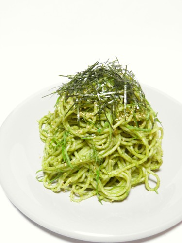 Chilled Spaghetti with Shiso Pesto