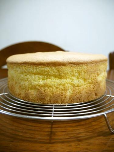 Fluffy Basic Sponge Cake