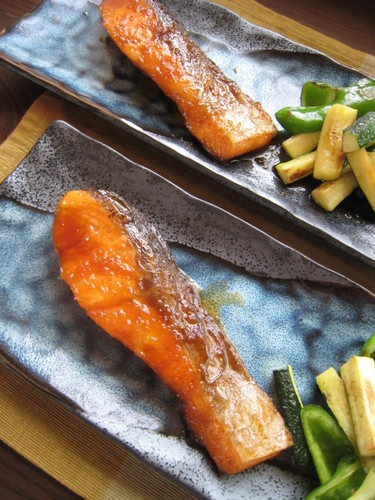 Pan-fried Autumn Salmon with Ginger Sauce