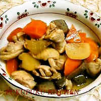 Stewed Chicken, Daikon Radish, Carrots, and Konnyaku (Chikuzen-ni Style)