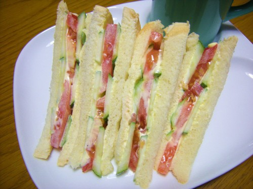 For Breakfast! Tomato and Cucumber Sandwich