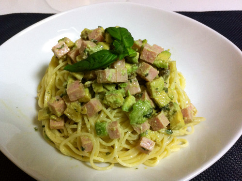 Avocado, Spam and Mayonnaise Chilled Pasta