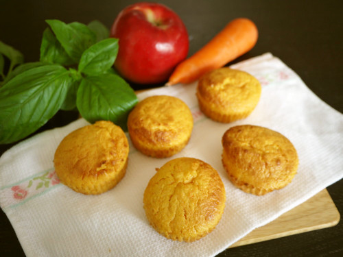 Carrot, Apple and Ginger Moist Muffins ♪