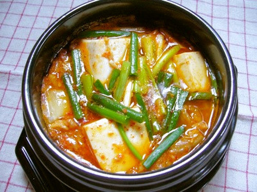 Kimchi Jjigae for One