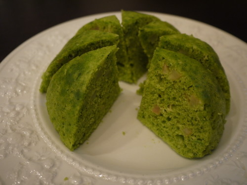 Microwaved Komatsuna and Apple Dome Cake