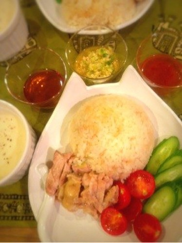 Singapore Chicken Rice with Ginger Sauce