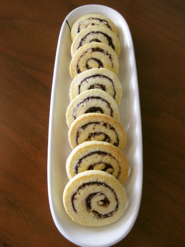 Swirly Cookies with Huckleberry and Nuts