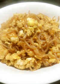 Sweet and Savory Shirataki Noodles with Egg