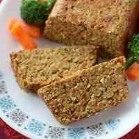 Nut Roast in a Meatloaf-style with Lentils, Nuts and Cheese