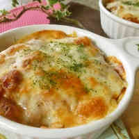 Quick and Easy Bread Au Gratin with Canned Meat Sauce
