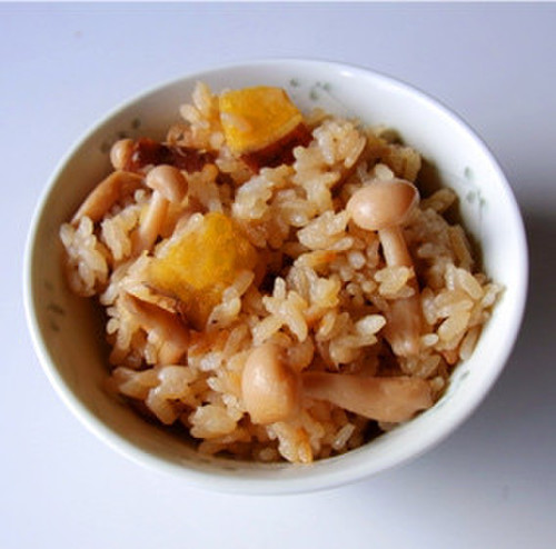 Sweet Potato and Shimeji Mushroom Mixed Rice