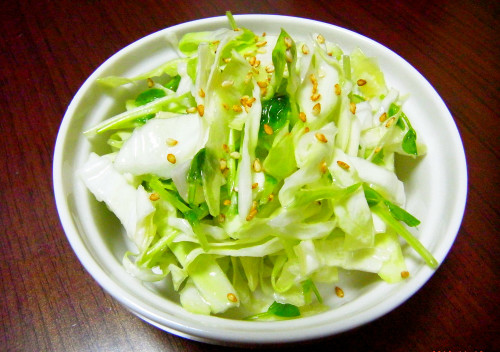 Izakaya Style Shio-koji Salad with Pea Sprouts and Cabbage