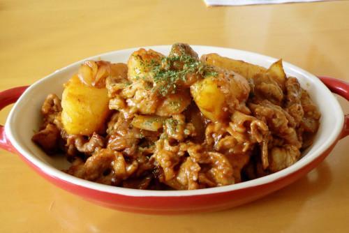 Barbeque Sauced Stir-fried Pork and Potatoes