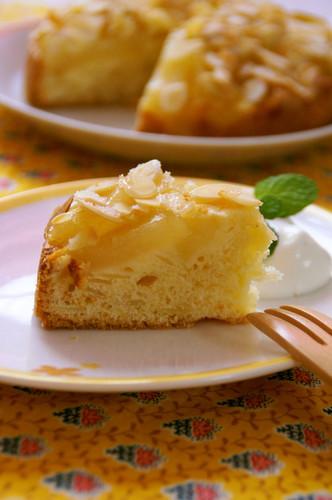 Sliced Almond & Pear Cake