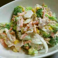 Food Hall Style Broccoli and Tuna Salad