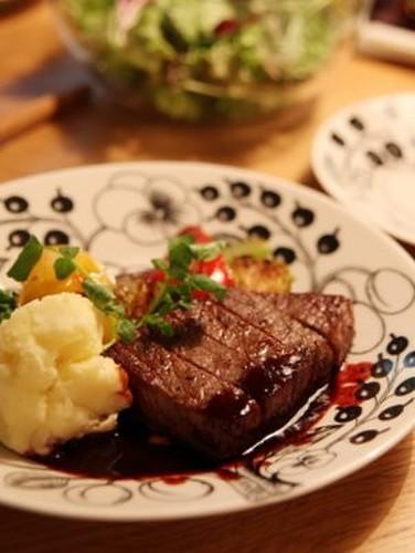 A French Restaurant's Steak Sauce