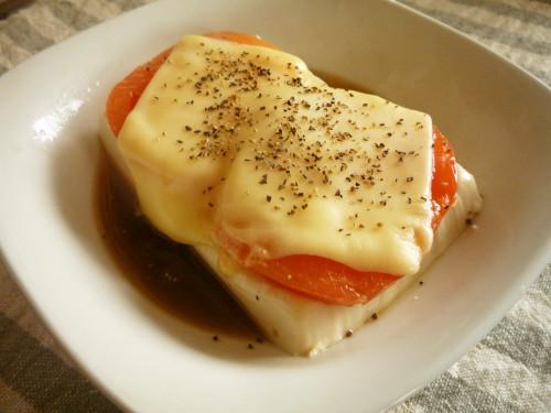 Warm and Soft Tomato Cheese Tofu