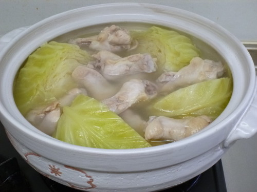 Pot Cabbage and Chicken Wing Tips Soup