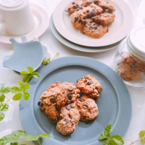 Crusty Chocolate Chip Cookies