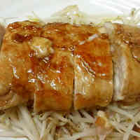 "Layered Pork ""Steak"" with Cheese using Thinly Sliced Pork Offcuts"