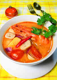 Made with Gochujang and Milk: Authentic Tom Yum Goong
