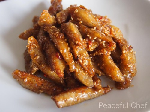 [Vegetarian] Fried Burdock Root with Sweet-Salty Sauce and Sesame Seeds