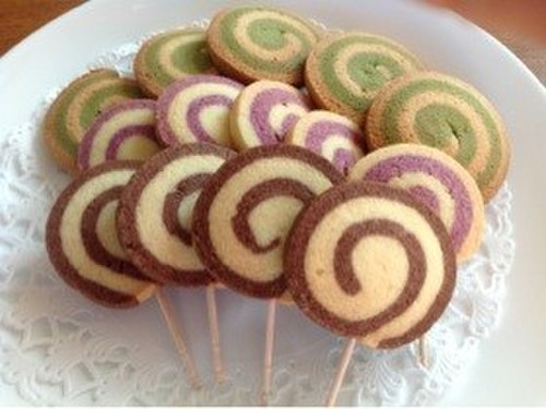 Easy and Pretty Lollypop Cookies