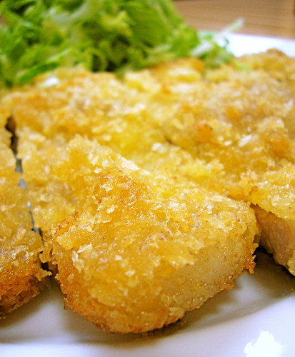 Non-Deep Fried and Easy Tonkatsu Pork Cutlets