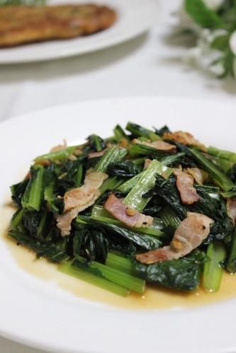 Komatsuna Japanese Mustard Spinach and Bacon Garlic Stir Fry