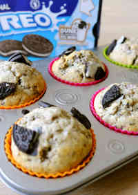 Light and Fluffy Oreo Muffins