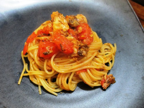 Super Quick Canned Boiled Mackerel & Tomato Spaghetti