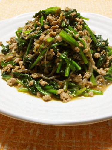 Stir-Fried Spinach, Pork, and Shirataki