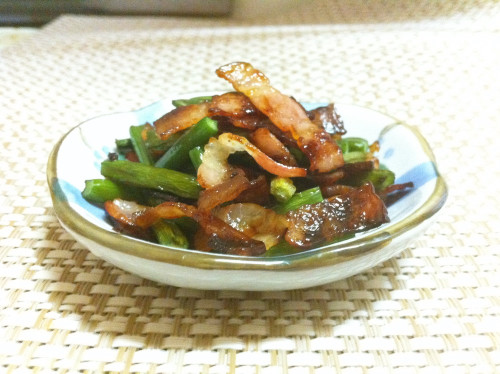 Quick and Easy! Garlic Shoots and Bacon Stir-Fry