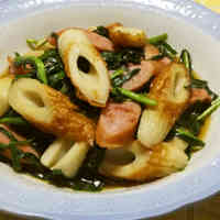 Simmered Chinese Chives, Sausages and Chikuwa Fishcake