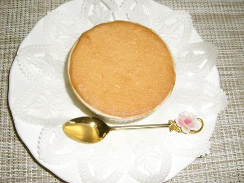 Low Calorie Meringue Cake