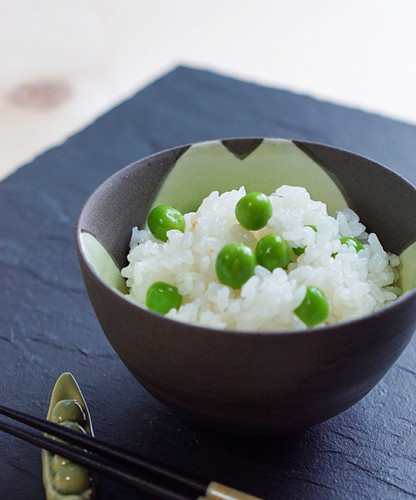 Fluffy Bean Rice (Rice with Peas)