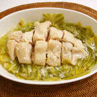 Cabbage and Chicken Breast Steamed in the Microwave